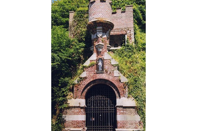 Porte brehamet qui relie le Moulinet au centre