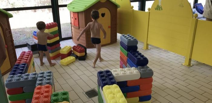 Plage dédiée aux jeux d'enfants