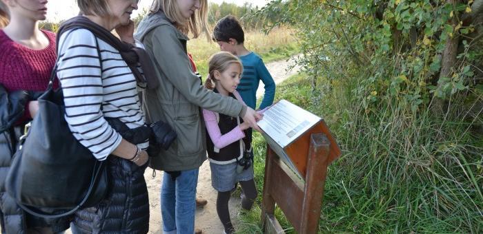 Panneaux d'information sur les espèces présentes au Parc du Marquenterre